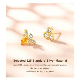 SWEET BEE SERIES -- BEE & HIVE EAR NAIL
