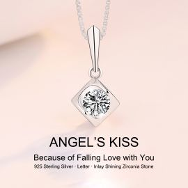 ANGLE KISS NECKLACE