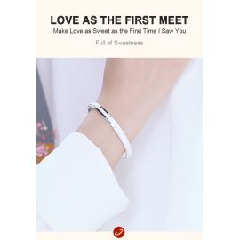 LOVE AS THE FIRST MEET BRACELET